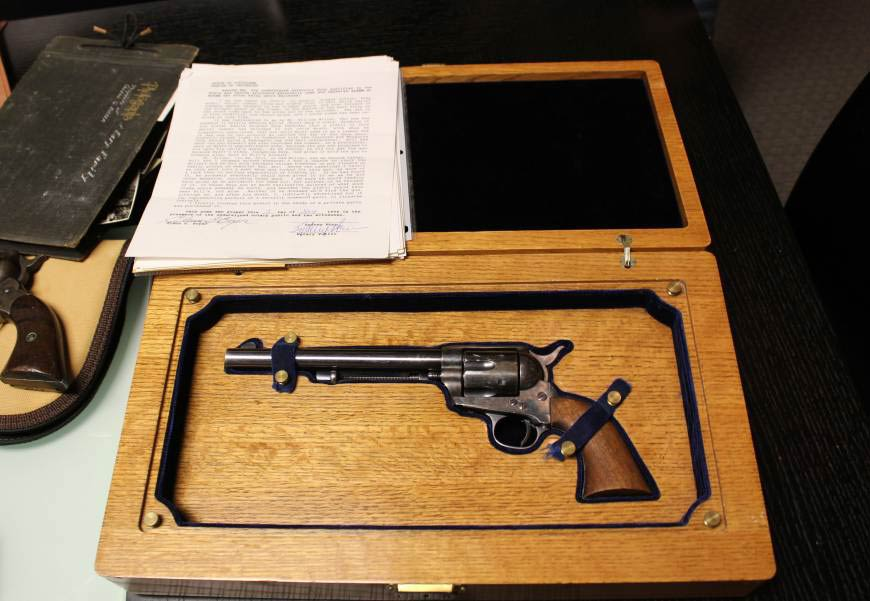 wyatt earp gun sold in 2014