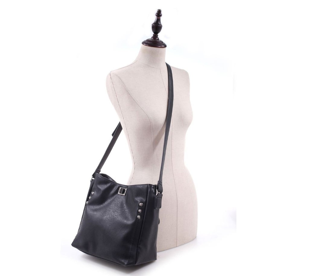 The Ali Concealed Carry Cross-Body purse from Gun Goddess is a great choice.