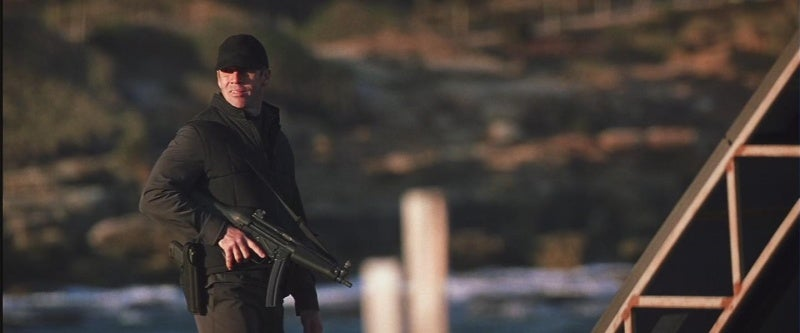 A number of guards are armed with MP5A2 submachine guns.