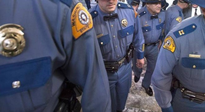 Bill: Report All Failed Background Checks to Cops