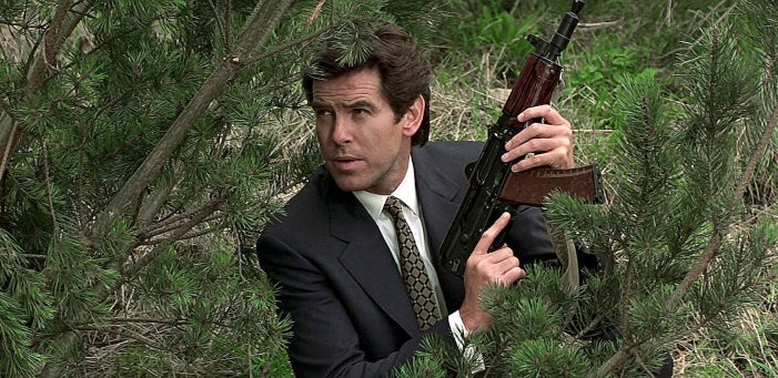 Bond frequently uses an AKS-74U, which he gets from downed Russian soldiers.