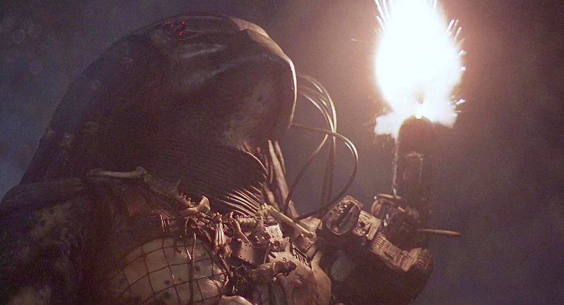 During the final battle, the Predator relies on his weapon more and more as his advantages are removed.