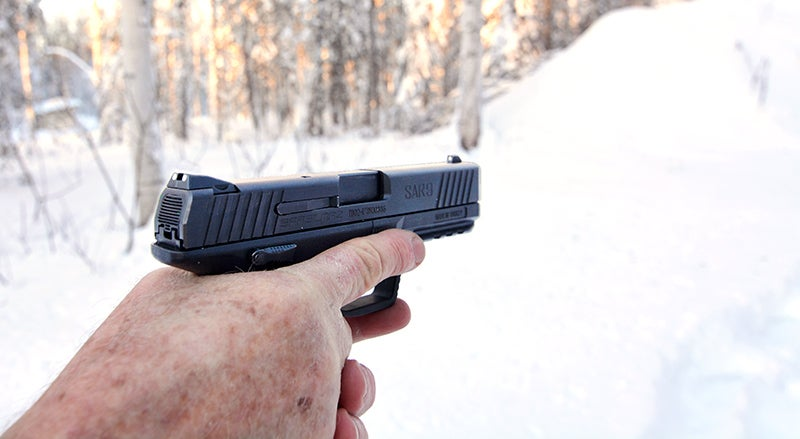 The SAR9 has an ergonomic grip that reminiscent of Heckler & Koch pistols like the VP9.