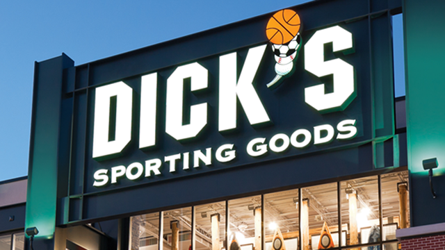 Dick's Plans to Remove Hunting Equipment from 10 Stores