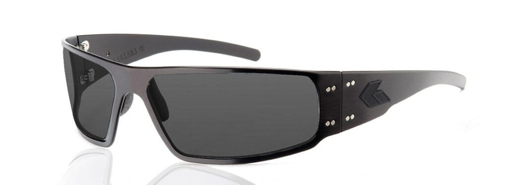 These Gatorz Magnum Z shooting glasses offer supreme protection and adjustability with a bendable aluminum frame.