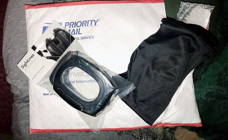 The ear pads arrive in a simple plastic bag along with a sunglasses bag.