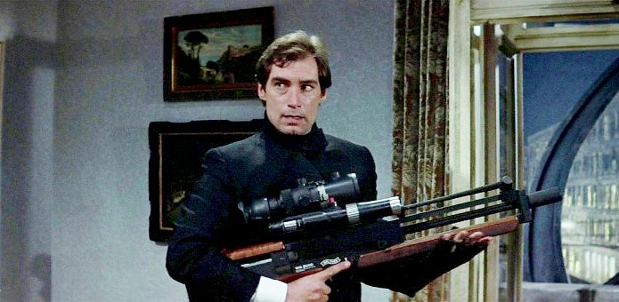 Bond holding the rare Walther WA 2000 sniper rifle.