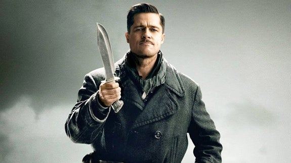A promotional photo of Lt. Aldo Raine and his bowie knife.