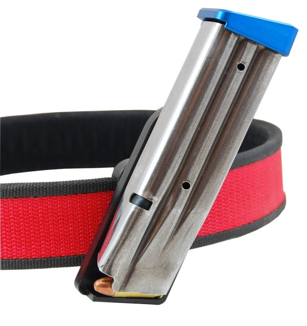The DAA Deluxe Magnetic pouch.