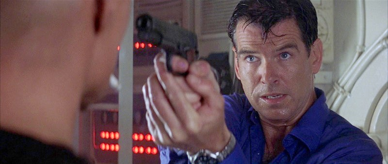 Bond's Colt spontanously changes to an Auto Ordnance M1911A1 when he boards the submarine.