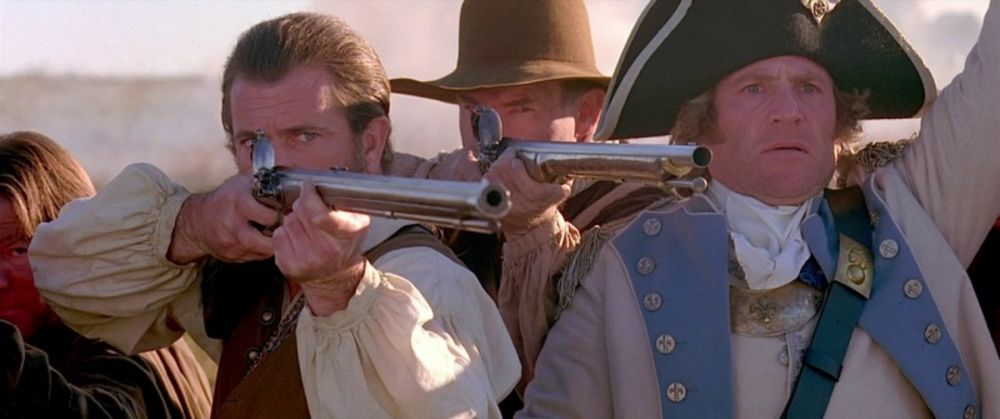 Mel Gibson aims a Kentucky rifle as Benjamin Martin in
