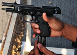 How to Quickly Reload a Pistol
