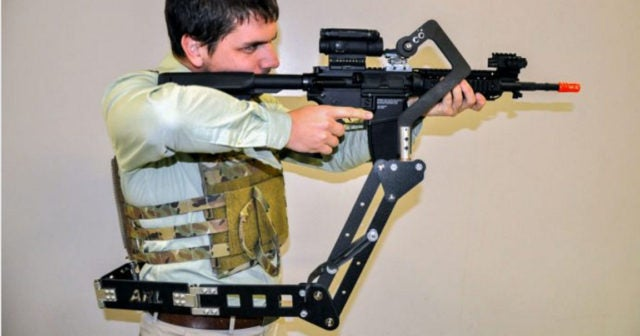 """""""Third Arm"""" for U.S. Soldiers"""