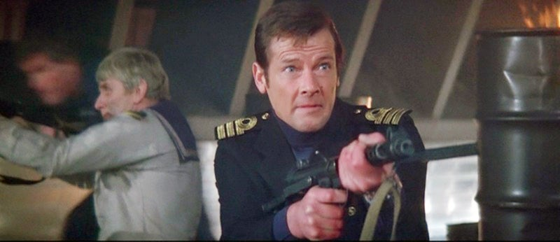 Bond fires a Sterling submachine gun during the raid of the Liparus.