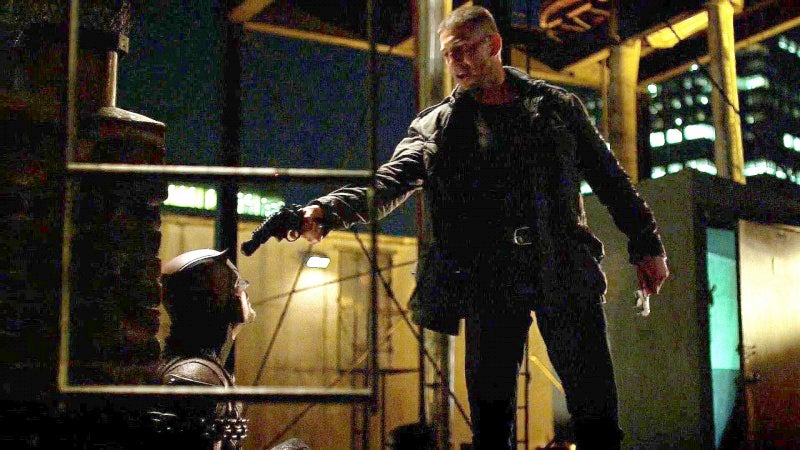 Castle holds a S&W Model 327 Performance Center TRR8 on Daredevil.