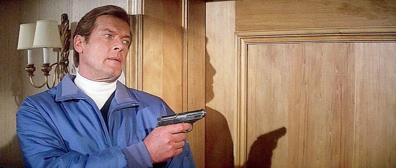 Bond again carries a Walther PPK.