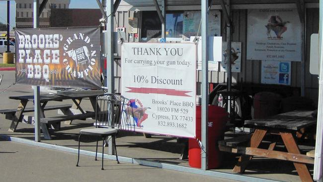 Texas BBQ Joint Gives Discount for Open Carry