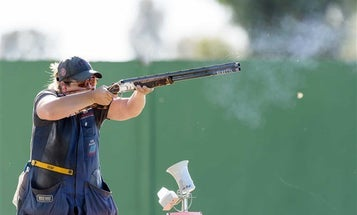 Kim Rhode Takes Gold in Women's World Cup Event
