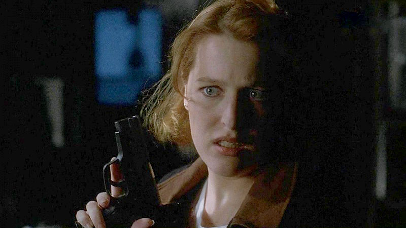 Scully began Season 2 with a SIG P228.