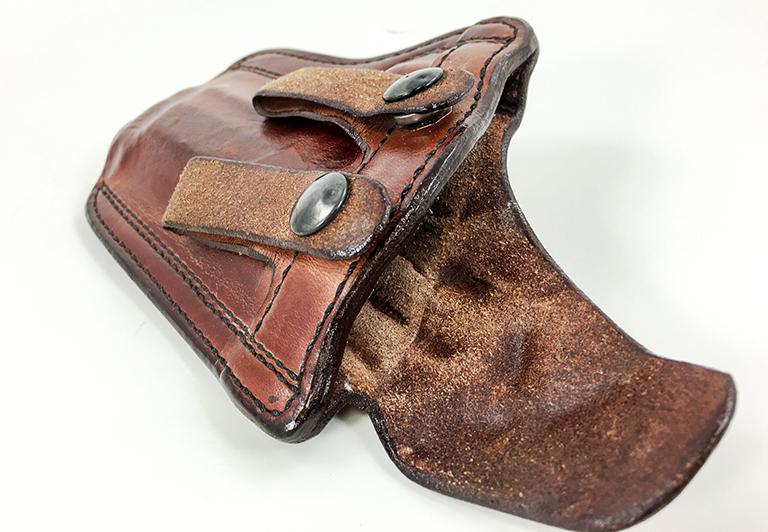 This Don Hume PCCH inside-the-waistband holster