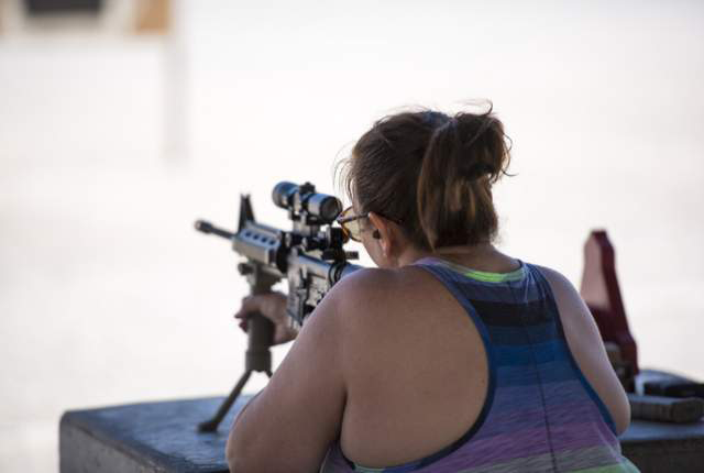 Gun Industry Recognizing the New Female Demand