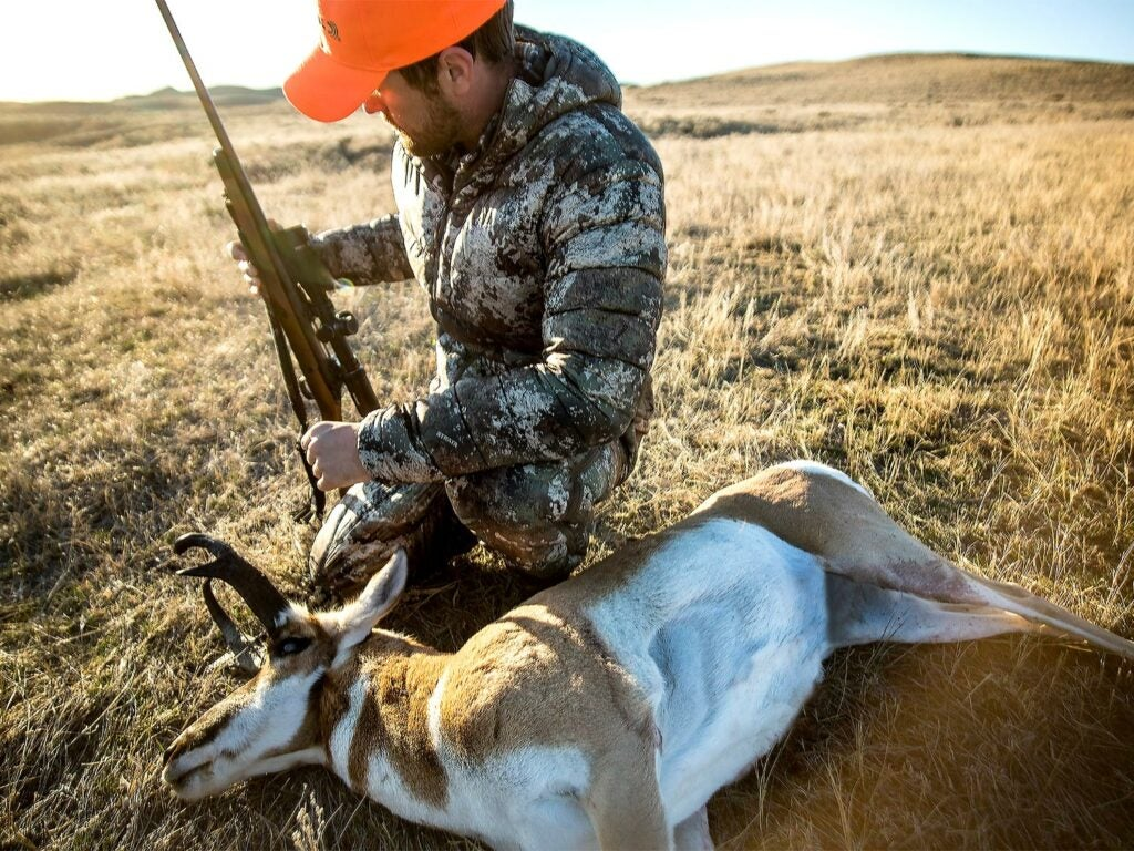 man hunting antelope with federal premium ammo