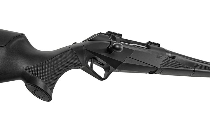 The new bolt action Benelli Lupo rifle.