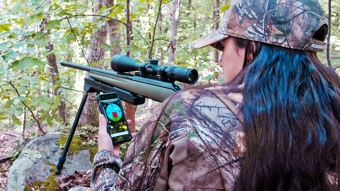 Using ballistic apps on your smarthphone for long-distance shooting.