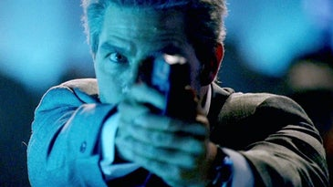 Tom Cruise with an H&K USP Compact in Collateral.
