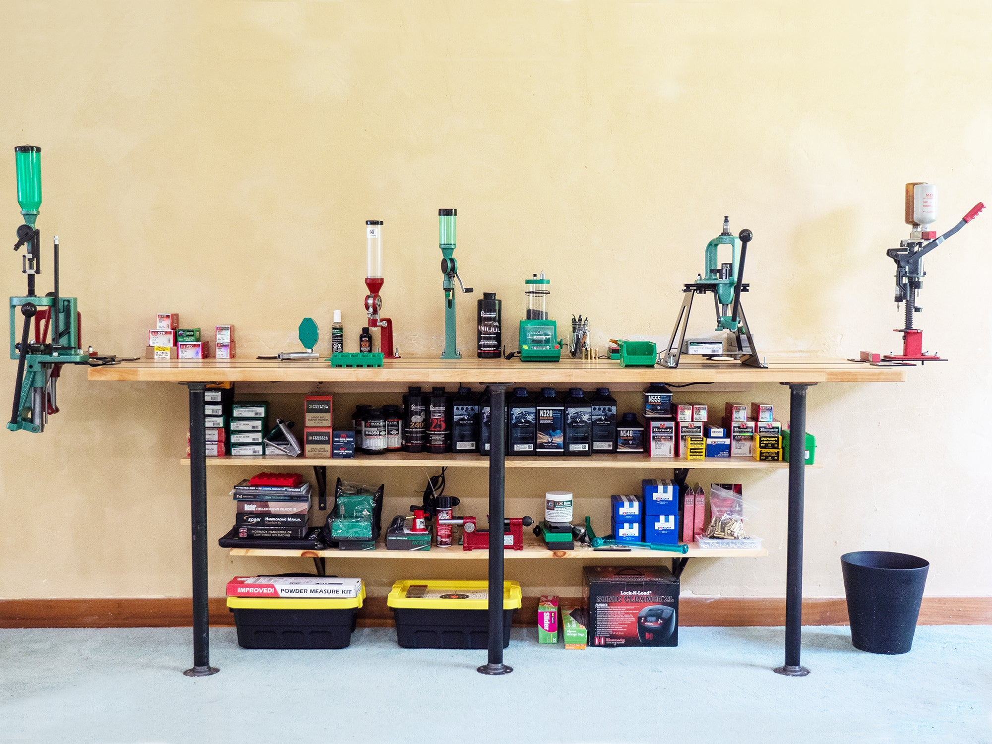 Build The Ultimate Reloading Bench